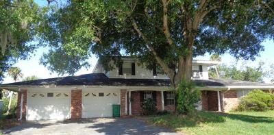 Port Saint Lucie Single Family Home For Sale: 104 Carlisle Lane