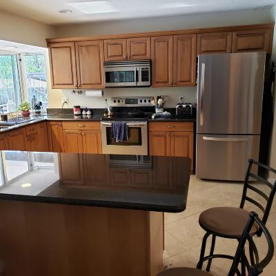 Stuart Rental Contingent: 903 NW Pine Lake Drive