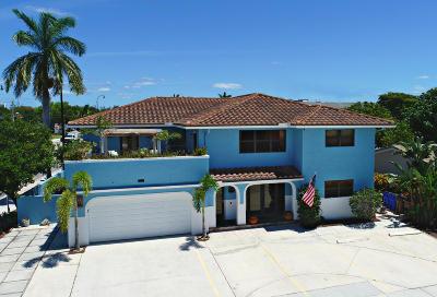 Deerfield Beach Multi Family Home For Sale: 900 E Hillsboro Boulevard