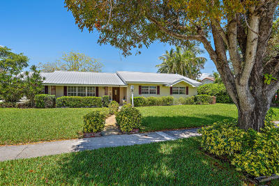 North Palm Beach Single Family Home Contingent: 541 Lighthouse Drive