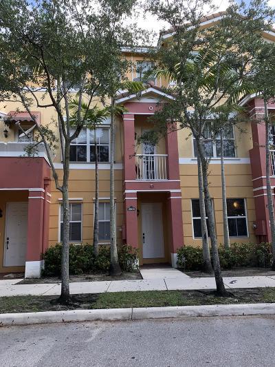 Royal Palm Beach Townhouse For Sale: 2503 Shoma Drive