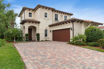 Jupiter Single Family Home For Sale: 124 Behring Way