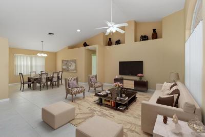 Boynton Beach Single Family Home For Sale: 4750 Cypress Drive S
