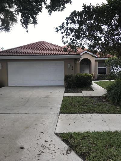Jupiter Single Family Home For Sale: 144 Hampton Circle