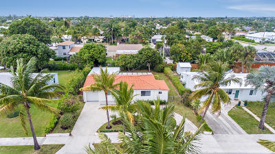 West Palm Beach Single Family Home For Sale: 337 Macy Street
