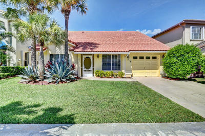 Boca Raton Single Family Home For Sale: 18224 Clear Brook Circle