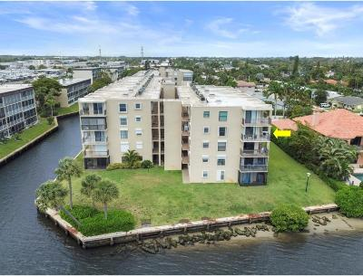 Lantana Condo For Sale: 896 Federal Highway #424