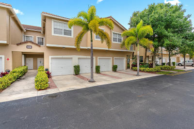 Tequesta Townhouse Contingent: 113 Lighthouse Circle #H