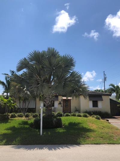 Palm Beach County Single Family Home For Sale: 136 NE Olive Way
