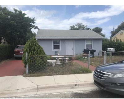 West Palm Beach Single Family Home For Sale: 554 W 2nd Street