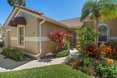 Palm Beach Gardens Townhouse For Sale: 2301 Heather Run Terrace