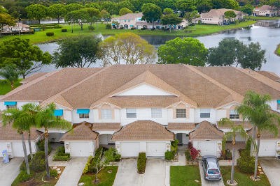 Boca Raton Townhouse For Sale: 9287 Boca Gardens Circle S #D