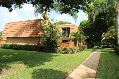 Deerfield Beach Townhouse For Sale: 2877 SW 11 Place #2877