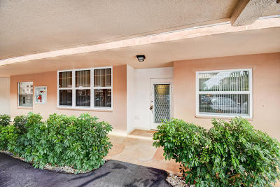 Palm Beach County Condo For Sale: 921 Gardenia Drive #174
