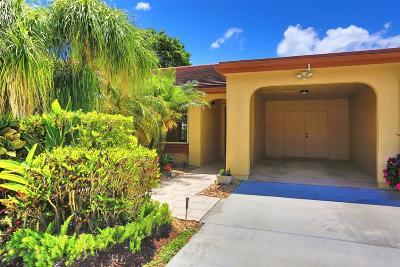 Boynton Beach Single Family Home For Sale: 5920 Forest Grove Drive #1