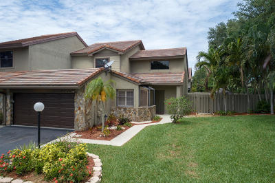 Palm Beach Gardens Townhouse For Sale: 5005 Cayenne Lane
