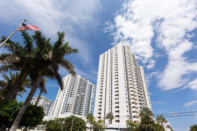 Pompano Beach Condo For Sale: 1370 S Ocean Boulevard #303
