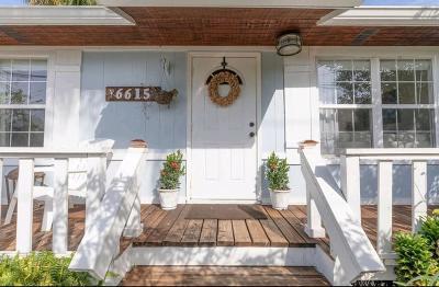 Jupiter Single Family Home For Sale: 6615 Jupiter Gardens Boulevard