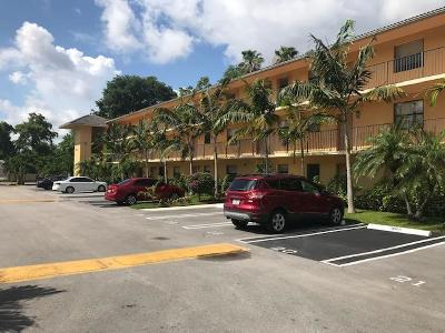 Coral Springs Condo For Sale: 11453 NW 39th Court #108-2