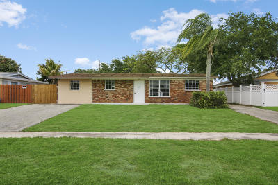Palm Beach Gardens Single Family Home Contingent: 3615 Gull Road