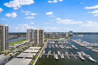 North Palm Beach Condo For Sale: 100 Lakeshore Drive #1652