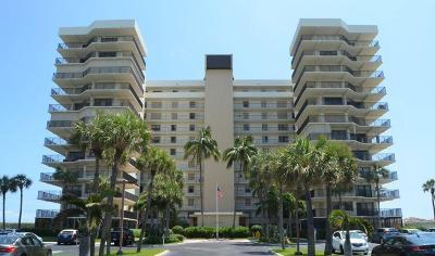 Jensen Beach Condo For Sale: 10044 S Ocean Drive #203