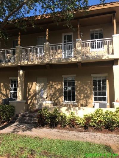 Boynton Beach Townhouse For Sale: 2403 NW 7th Street