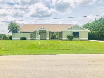 Port Saint Lucie Single Family Home For Sale: 2430 SE Elston Street