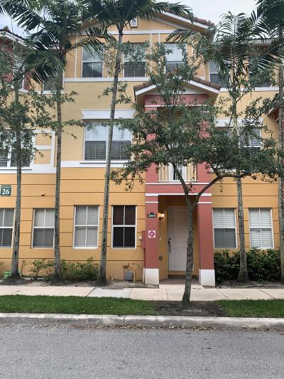 Royal Palm Beach Townhouse For Sale: 2608 Shoma Drive