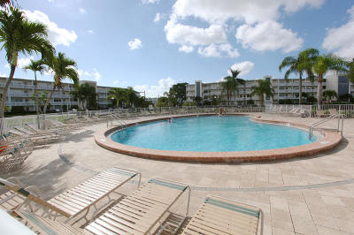 Deerfield Beach Condo For Sale: 249 Farnham K #249