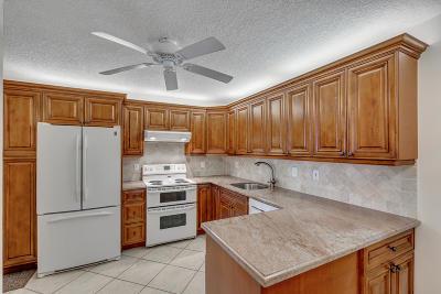 Lake Worth Condo For Sale: 3286 Arcara Way #315