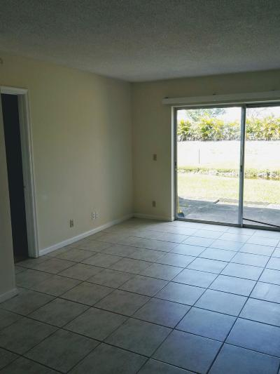Coral Springs Condo For Sale: 10121 Twin Lakes Drive #10121