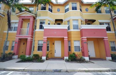 Royal Palm Beach Condo For Sale: 3405 Shoma Drive