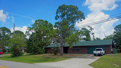 Fort Pierce Single Family Home For Sale: 1904 E Easy Street Street