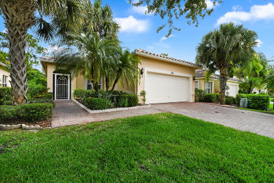 Port Saint Lucie Single Family Home For Sale: 370 NW Granville Street