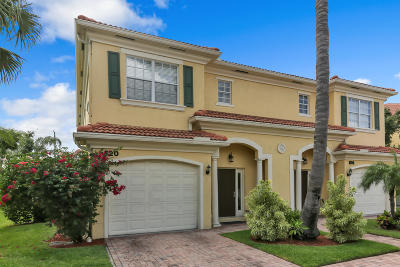 North Palm Beach Townhouse Contingent: 620 Marbella Lane