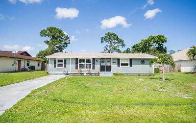 Port Saint Lucie Single Family Home For Sale: 1141 SE Preston Lane