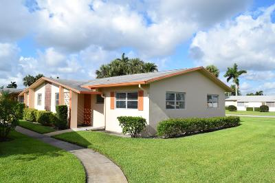 West Palm Beach Single Family Home For Sale: 2667 Dudley Drive E #H