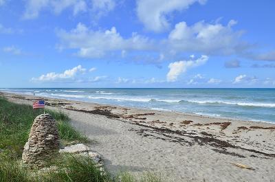 Jensen Beach Condo For Sale: 10200 S Ocean Drive #209