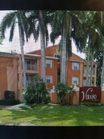 Delray Beach Condo For Sale: 1780 Palm Cove Boulevard #6-303