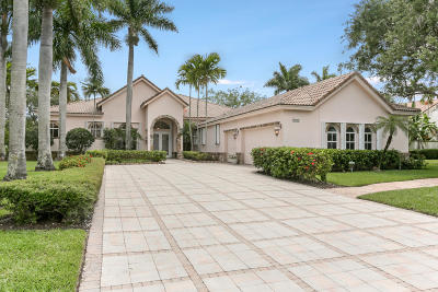 West Palm Beach Single Family Home For Sale: 8188 Lakeview Drive
