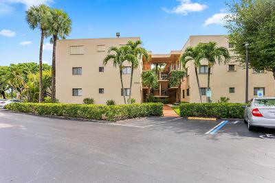 Delray Beach Condo For Sale: 5250 Las Verdes Circle #114