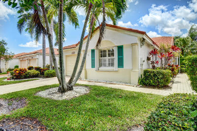 Delray Beach Single Family Home For Sale: 6166 Lake Hibiscus Drive