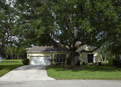 Boynton Beach Single Family Home For Sale: 7684 Kings Ride