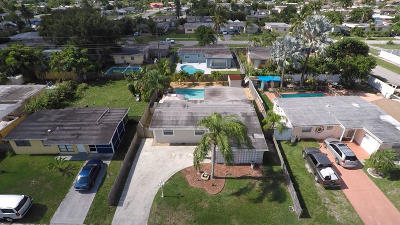 West Palm Beach Single Family Home For Sale: 5684 Purdy Lane