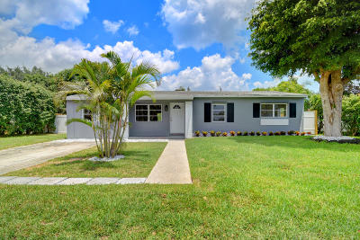 Delray Beach Single Family Home For Sale: 239 NE 21st Street