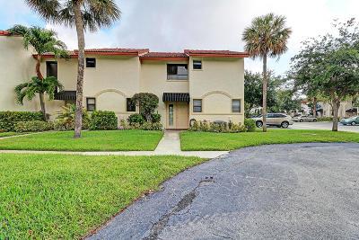 Boca Raton Condo For Sale: 7200 NW 2nd Avenue #42