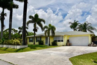 Port Saint Lucie Single Family Home For Sale: 525 SW Buswell Avenue