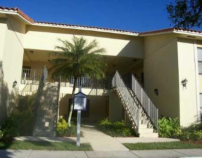 West Palm Beach Condo For Sale: 1600 Balfour Point Drive #E