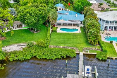 Tequesta Single Family Home For Sale: 9666 SE Landing Place